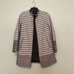 H&M BLACK AND WHITE PATTERNED JACKET SIZE 6